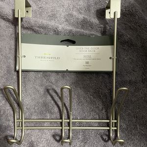 Over-The-Door 3 Hook Rack Satin Finish for Sale in Tacoma, WA