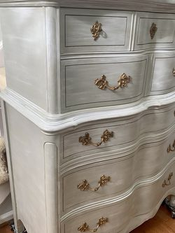 Vintage Painted Gray/White Dresser for Sale in Burke,  VA