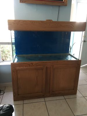75 Gallon Oak Fish Tank for Sale in Suisun City, CA