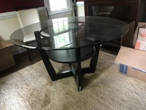 High End Glass Table w/ Modern White Leather chairs for Sale in Midlothian, VA