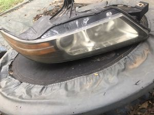 Acura TL parts headlight 2004 - 2008 passanger side for Sale in Landover, MD
