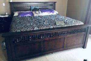 KING BED/ DRESSER/ TV STAND for Sale in Fort Wayne, IN