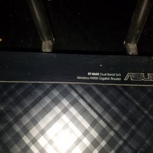 Asus RT-N66U N900 Gigabit Router for Sale in Calabasas, CA