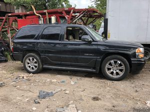 """2005 GMC YUKON """"PARTS ONLY"""" for Sale in Newark, NJ"""