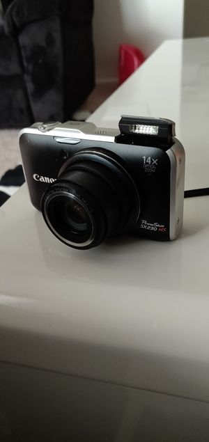 Camera Canon PowerShot SX230HS for Sale in Cave Spring, VA