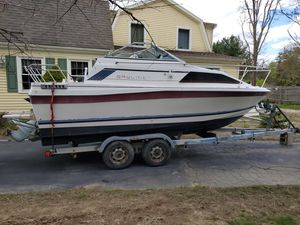 1983 Bayliner Ciera Cuddy Cabin Volvo Penta 270HP Inboard/Outboard Boat & 1986 Continental Trailer for Sale in Freetown, MA