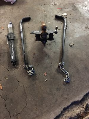 Trailer Hitch and Sway Bars for camper for Sale in Mogadore, OH