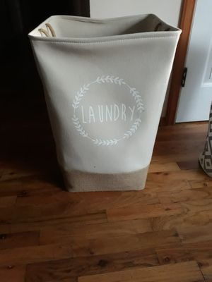 VERY NICE BIG LAUNDRY BASKET FOR SALE for Sale in Bellevue, WA