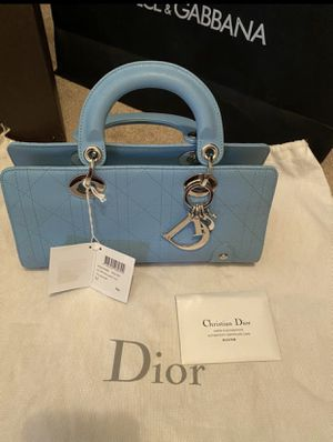 Authentic Dior Limited edition east west bag for Sale in Los Angeles, CA