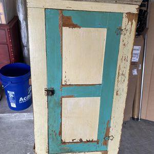 Vintage Cabinet for Sale in Alvin, TX