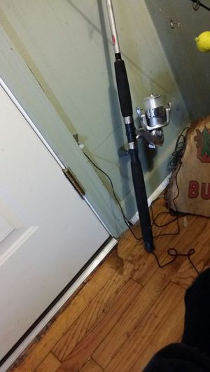 Fishing pole BERKLEY FUSION for Sale in Columbus, OH