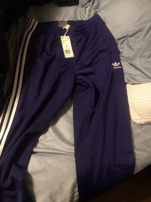Adidas pants size medium men's for Sale in Philadelphia, PA