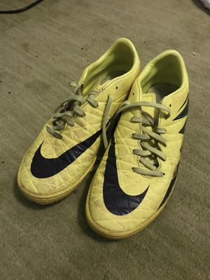 Nike Hypervenom flats for turf/indoor for Sale in Tamarac, FL