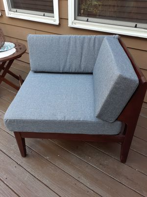 Patio furniture for Sale in College Park, GA