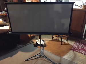 Da lite screen projector projection for Sale in Spring Grove, PA