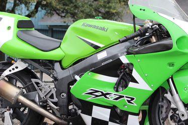 Kawasaki Zx7R  for Sale in Houston, TX