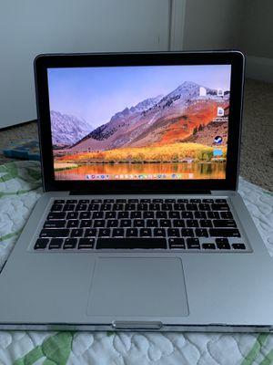 Macbook Pro 2010 for Sale in Murfreesboro, TN