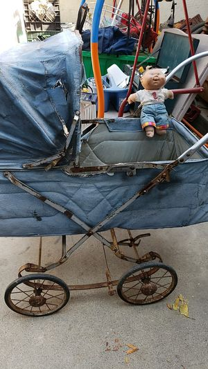 Stray strollers for Sale in Fresno, CA