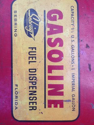 ANTIQUE AND RARE GAS CANS for Sale in Arroyo Grande, CA