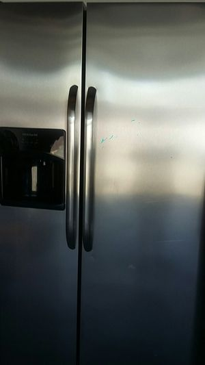 Refrigerator Frigidaire for Sale in Fontana, CA