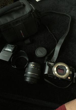 Panasonic LUMIX DMC-Gf3 Micro 4/3 Mirrorless Digital Camera for Sale in St. Louis, MO