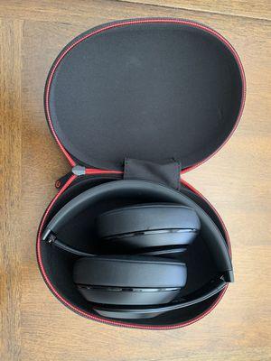 Beats wireless headphones for Sale in Bonita, CA