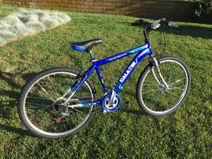 26 inch BLUE Mountain Bike 18 Speed Bicycle NEW for Sale in West Covina, CA