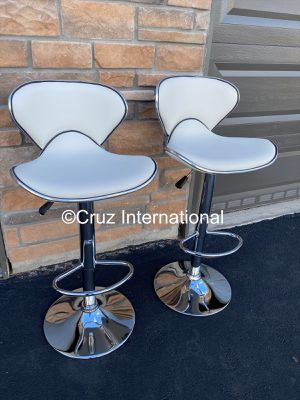 New 2 white stools for Sale in Orlando, FL