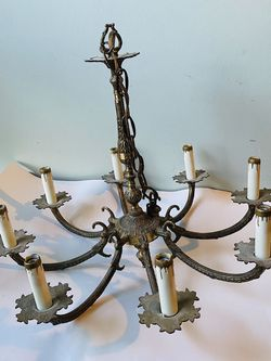 Vintage Brass Chandlier for Sale in Berea,  OH