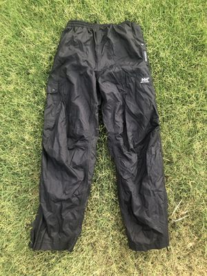 Helly Hansen Waterproof Packable Hiking Pants Men's Small NEW Condition!!! for Sale in Phoenix, AZ