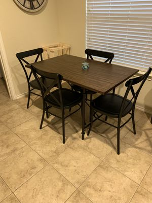 Small kitchen table for Sale in San Leon, TX