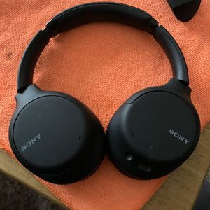 Used Once , Sony Bluetooth Headphones for Sale in Garland, TX
