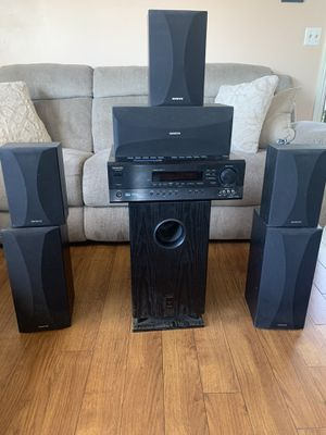 Surround sound - Home Theater Onkyo HT-R510 for Sale in Inglewood, CA