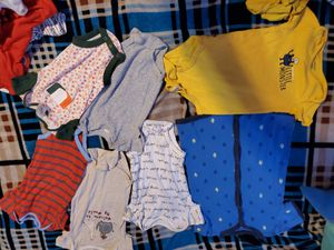 BABY BOY CLOTHES SIZE 3,6,9,12,18 MONTHS +30 PIECES for Sale in Miami, FL