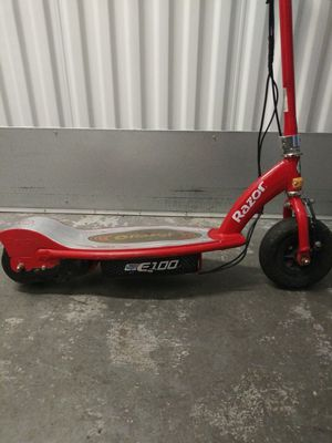 Razor e100 scooter for Sale in Bothell, WA