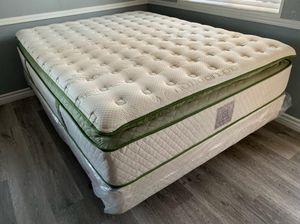 Queen elite hybrid mattresses on sale for Sale in Covina, CA