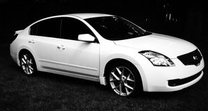 Keyless entry 2007 Nissan Altima Working AC for Sale in Denver, CO