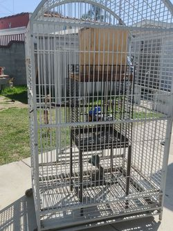 Big Cage for Sale in Bell,  CA
