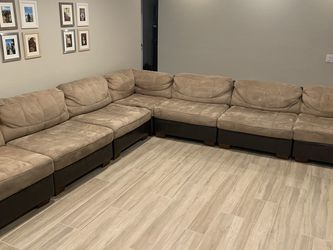 Sectional Couch for Sale in Fontana,  CA