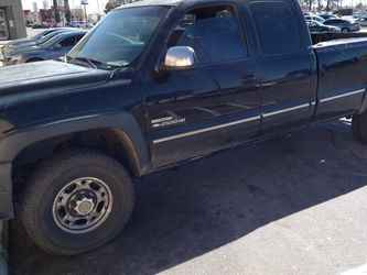 2001 Chevy Silverado 2500hd 8.1 With Alison Trans Work Truck for Sale in Rosamond,  CA