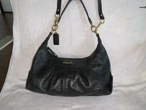 Black leather Coach bag/purse for sale! for Sale in Herndon, VA