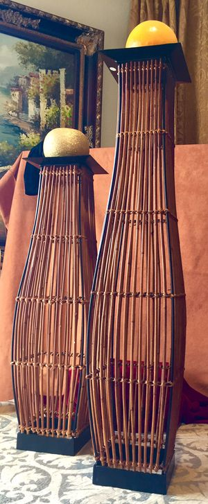 Set 2 tall candle holders, iron and reed H24/30xW6 inch LbsSet 6.6 for Sale in Chandler, AZ