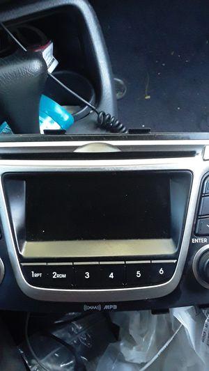 Hyundai Accent Original Radio for Sale in Santa Ana, CA