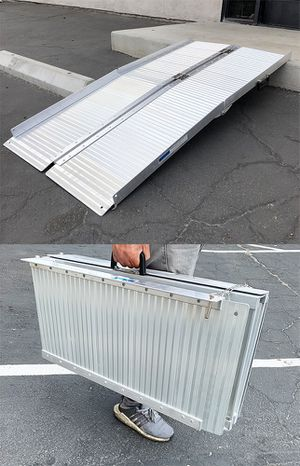 """New $115 Aluminum 5' ft Portable Multifold Wheelchair Scooter Mobility Ramp (60""""x28"""") for Sale in South El Monte, CA"""