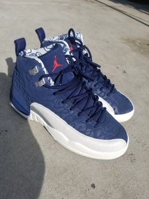 Jordans size 5Y for Sale in Los Angeles, CA