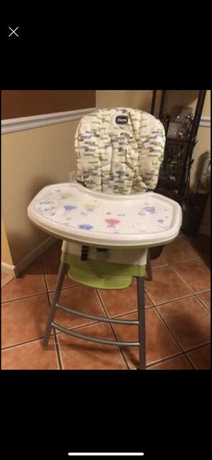 Chicco 3 in 1 highchair for Sale in The Bronx, NY