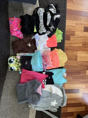Girls clothes Sz 10/12 for Sale in Weldon Spring, MO