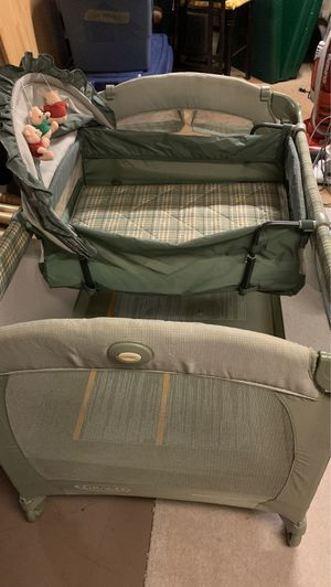 Graco pack and play for Sale in Carol Stream, IL