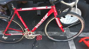 Great ride Focus mares 2.0 roadbike for Sale in Oakland, CA