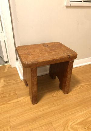 FREE wood step stool for Sale in West Springfield, VA